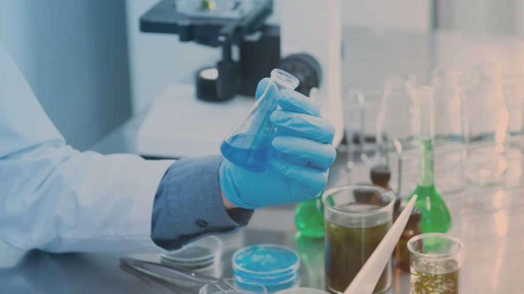 Symbolbild: Forschung im Labor