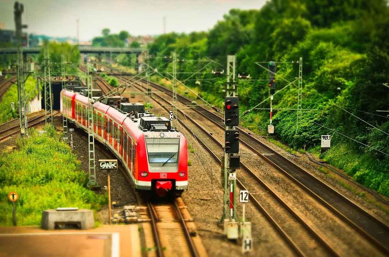 S-Bahn - öffentlicher Nahverkehr