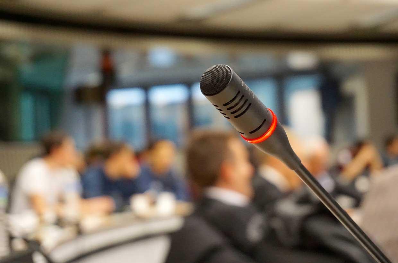 Mikrofon in Plenum